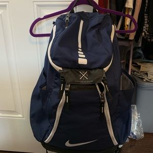 LIKE NEW. NIKE ELITE BACKPACK